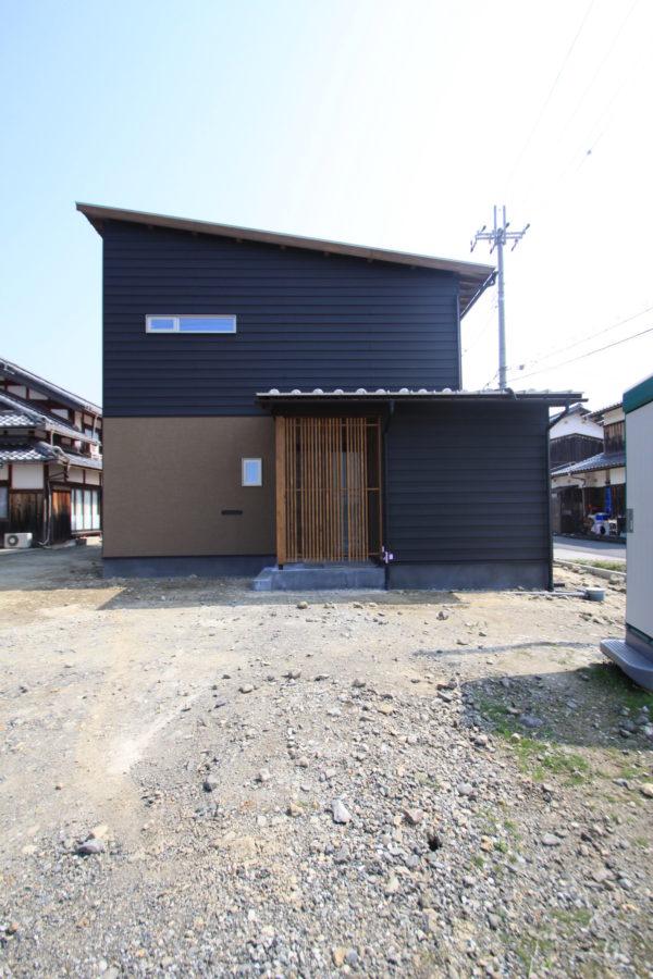 Classic modern house(ZEH仕様)