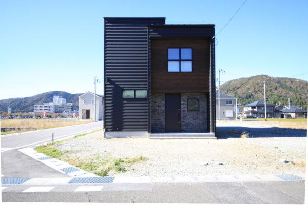 BROOKLYN STYLE HOUSE